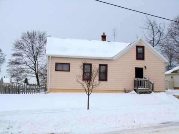 3 bed 1 bath Single Family at 2326 Georgia Ave Sheboygan, WI, 53081 is for sale at 85k - 1 of 22