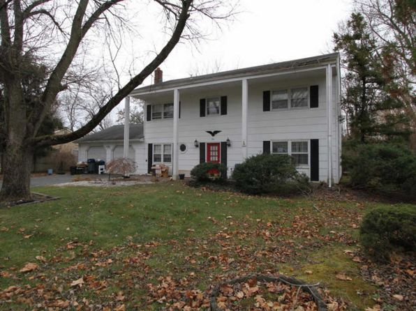 4 bed 2.5 bath Single Family at 1 Poet Dr Matawan, NJ, 07747 is for sale at 310k - 1 of 10