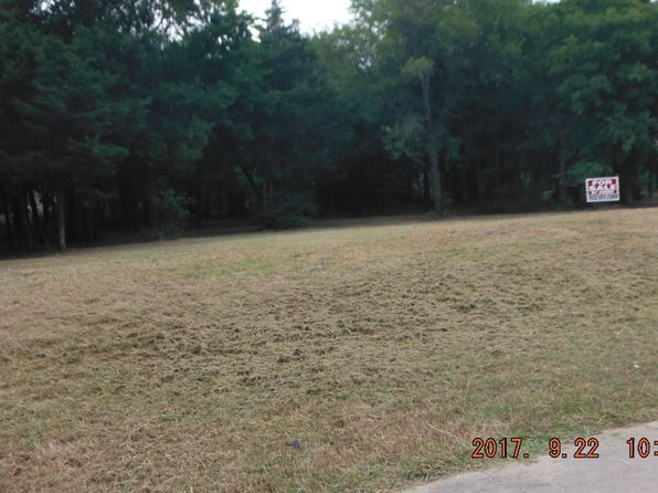 null bed null bath Vacant Land at 1371 Amber Leaf Ct Cedar Hill, TX, 75104 is for sale at 73k - 1 of 2