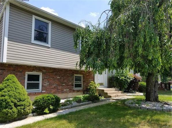 4 bed 3 bath Single Family at 4 Ashwood Ln Garnerville, NY, 10923 is for sale at 339k - 1 of 22