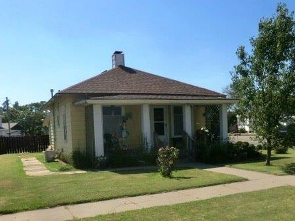 3 bed 1.5 bath Single Family at 1231 Maple St Hays, KS, 67601 is for sale at 65k - 1 of 20