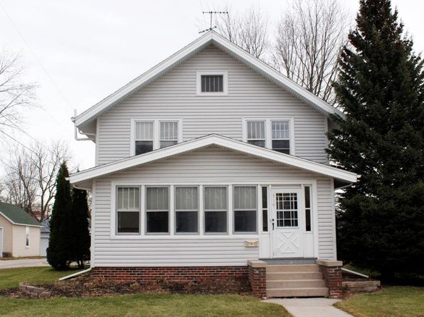 3 bed 2 bath Single Family at 319 S Milwaukee St Plymouth, WI, 53073 is for sale at 115k - 1 of 22
