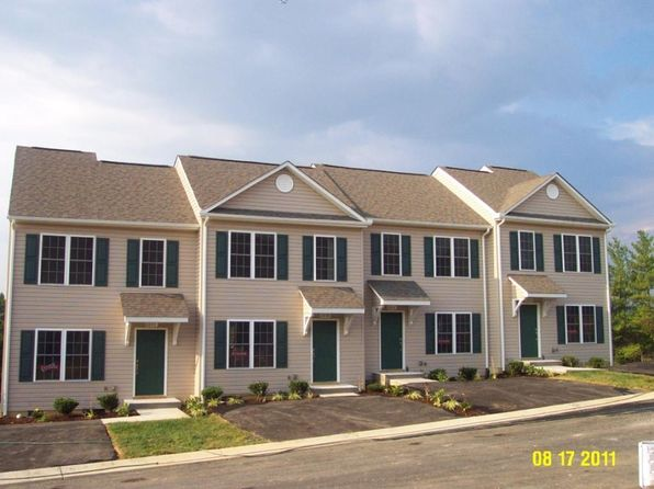 3 bed 3 bath Townhouse at 6802 Village Green Dr Roanoke, VA, 24019 is for sale at 160k - 1 of 8