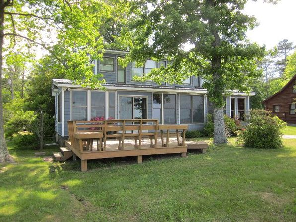 3 bed 3 bath Single Family at 680 Bay Quarter Dr Heathsville, VA, 22473 is for sale at 349k - 1 of 33
