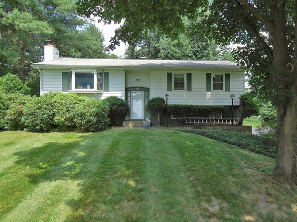 3 bed 3 bath Single Family at 110 Edgehill Dr Wappingers Falls, NY, 12590 is for sale at 280k - 1 of 30