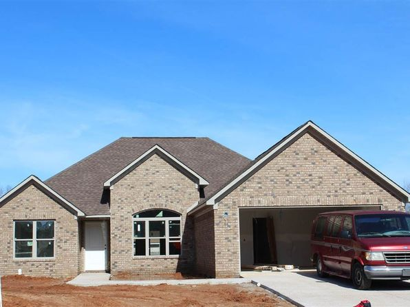 3 bed 2 bath Single Family at 23 Stagecoach Cv Jackson, TN, 38305 is for sale at 155k - 1 of 5