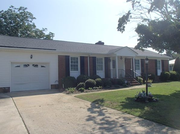 3 bed 2 bath Single Family at 2605 Burtus Dr Goldsboro, NC, 27534 is for sale at 138k - 1 of 29