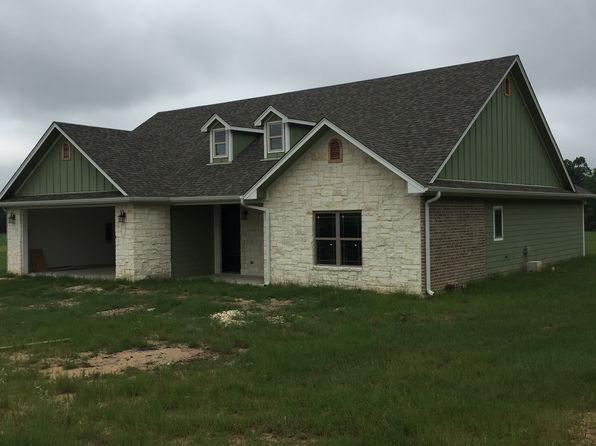 3 bed 2 bath Single Family at 110 Pr Gilmer, TX, 75645 is for sale at 193k - 1 of 25