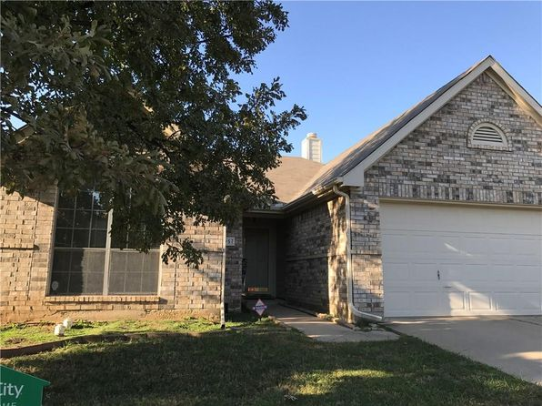 3 bed 2 bath Single Family at 5957 Hillview Dr Watauga, TX, 76148 is for sale at 200k - 1 of 24