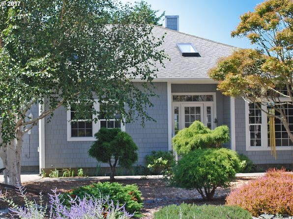 3 bed 2 bath Single Family at 290 Allen Ln Brookings, OR, 97415 is for sale at 400k - 1 of 32