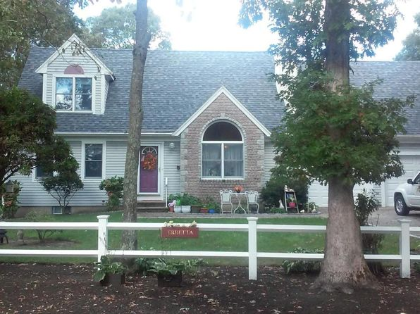 3 bed 2 bath Single Family at 303 Acapesket Rd Falmouth, MA, 02540 is for sale at 535k - 1 of 20