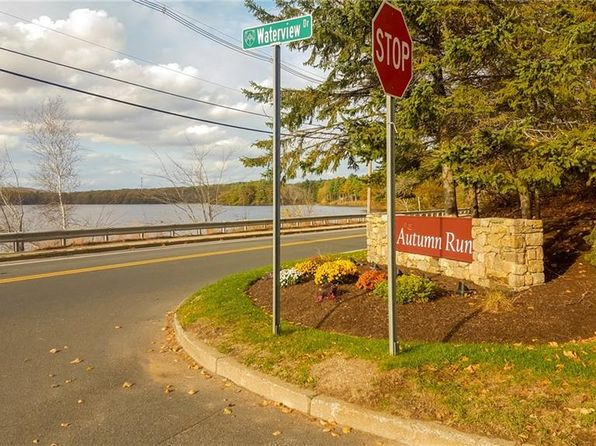 2 bed 2.5 bath Condo at 34 Waterview Dr Smithfield, RI, 02917 is for sale at 270k - 1 of 20