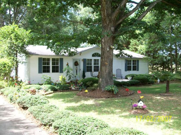 3 bed 2 bath Mobile / Manufactured at 1211 Mangum School Rd Pageland, SC, 29728 is for sale at 140k - google static map