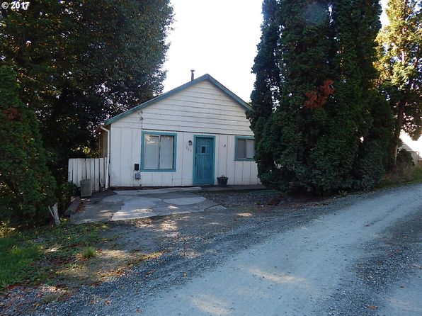2 bed 1 bath Single Family at 885 E 10th St Coquille, OR, 97423 is for sale at 75k - 1 of 28