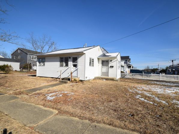 2 bed 1 bath Single Family at 219 Harvard Ave Point Pleasant Beach, NJ, 08742 is for sale at 398k - 1 of 7