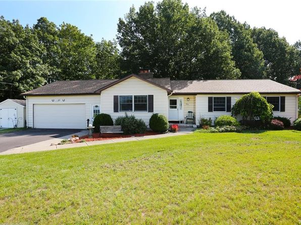 3 bed 3 bath Single Family at 3393 Creek Rd Youngstown, NY, 14174 is for sale at 180k - 1 of 24