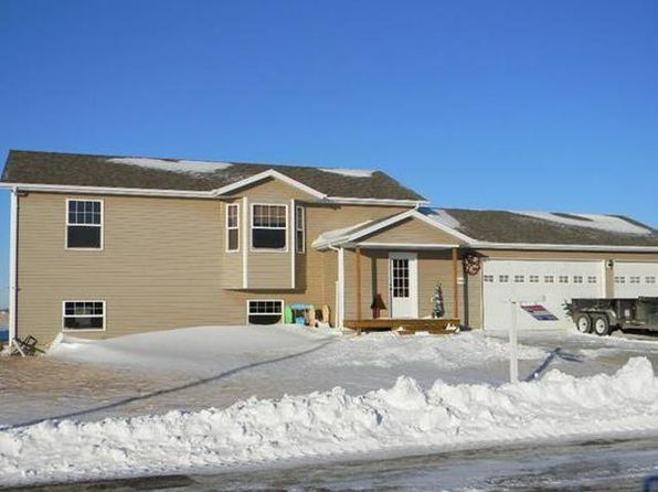 2 bed 1 bath Single Family at 5960 28th Ave SE Lincoln, ND, 58504 is for sale at 240k - 1 of 24