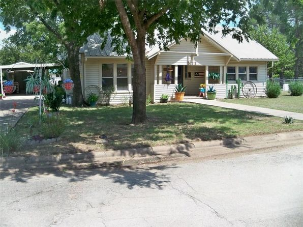 3 bed 2 bath Single Family at 511 Columbus St Coleman, TX, 76834 is for sale at 50k - 1 of 34