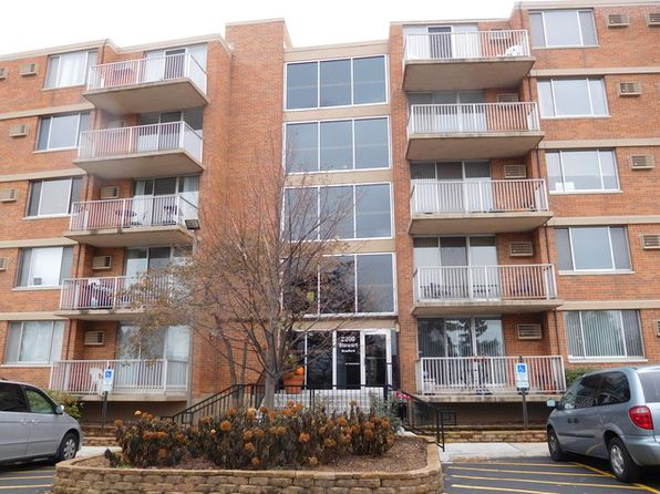 2 bed 2 bath Condo at 2200 S Stewart Ave Lombard, IL, 60148 is for sale at 135k - 1 of 22