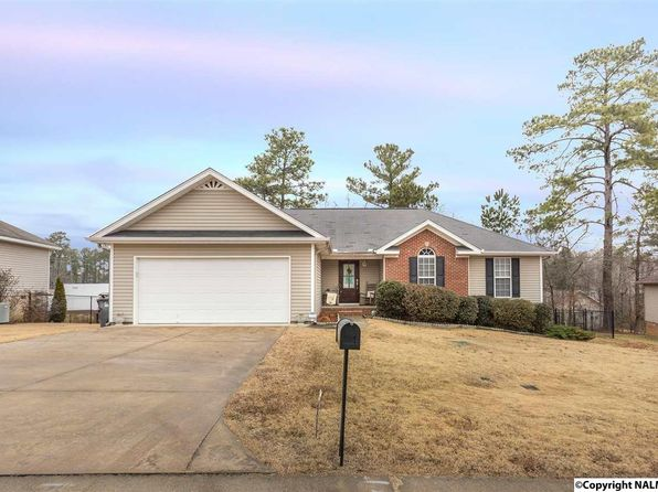 3 bed 2 bath Single Family at 3088 Lakeview Cir Southside, AL, 35907 is for sale at 145k - 1 of 24