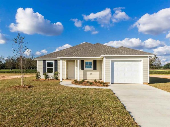 3 bed 2 bath Single Family at 154 Plantation Cir Summerdale, AL, 36580 is for sale at 145k - 1 of 29