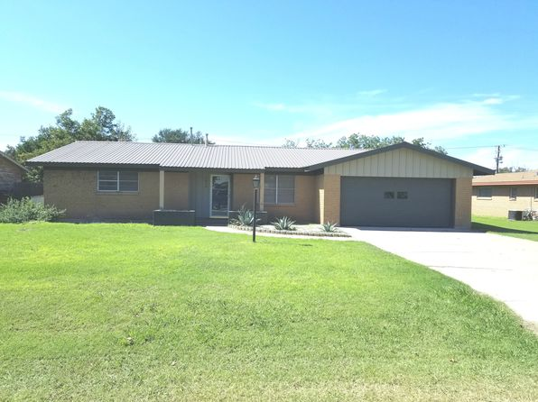3 bed 2 bath Single Family at 1018 Bois D Arc St Roscoe, TX, 79545 is for sale at 133k - 1 of 10