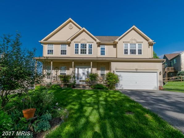 4 bed 3 bath Single Family at 30 Cypress Point Dr Charles Town, WV, 25414 is for sale at 299k - 1 of 30