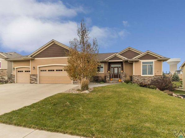 6 bed 3 bath Single Family at 2612 W 90th St Sioux Falls, SD, 57108 is for sale at 470k - 1 of 35