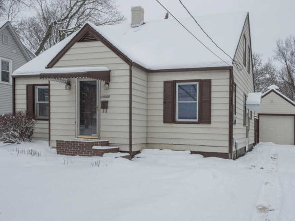 4 bed 2 bath Single Family at 2220 Kenwood St Kalamazoo, MI, 49006 is for sale at 136k - 1 of 33