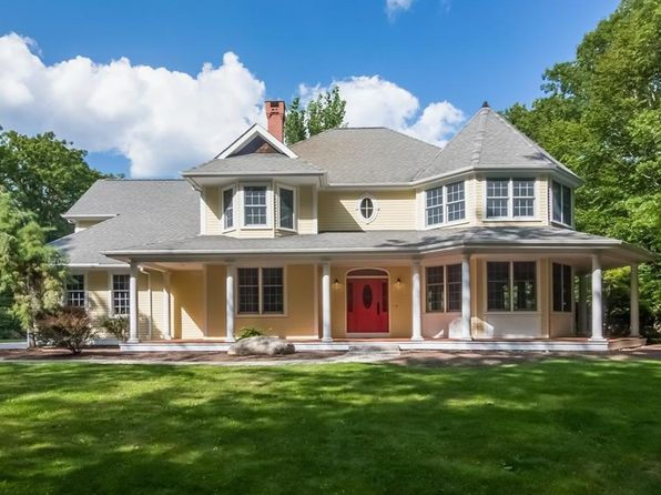 4 bed 3 bath Single Family at 2177 Middle Rd East Greenwich, RI, 02818 is for sale at 799k - 1 of 35