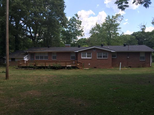 3 bed 2 bath Single Family at 913 Dr Lee Ave Bridgeport, AL, 35740 is for sale at 85k - 1 of 14