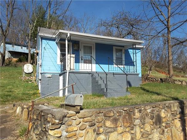 2 bed 1 bath Single Family at 26 Hillside St Canton, NC, 28716 is for sale at 53k - 1 of 4