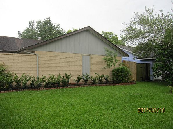 5 bed 3 bath Single Family at 12203 New Brunswick Dr Houston, TX, 77089 is for sale at 139k - 1 of 26