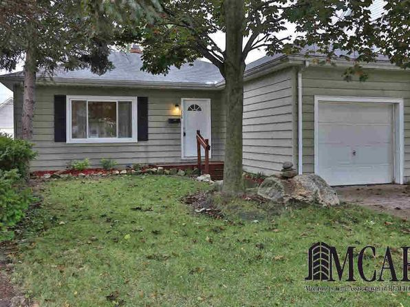3 bed 1 bath Single Family at 118 Michigan Ave Monroe, MI, 48162 is for sale at 112k - 1 of 17