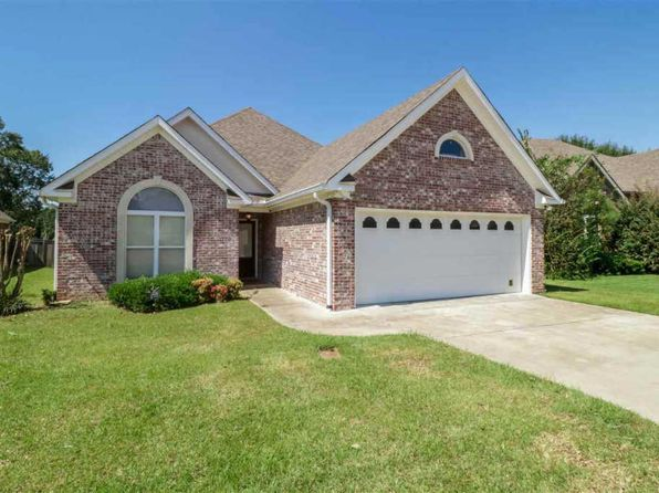 3 bed 2 bath Single Family at 108 Garden Way Clinton, MS, 39056 is for sale at 200k - 1 of 29