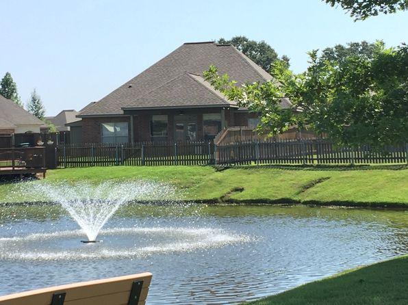 3 bed 2 bath Single Family at 103 Meadow Lake Dr Youngsville, LA, 70592 is for sale at 257k - 1 of 33