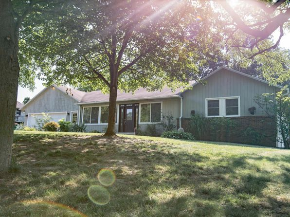 5 bed 2 bath Single Family at 4893 Canal Ave SW Wyoming, MI, 49418 is for sale at 250k - 1 of 47