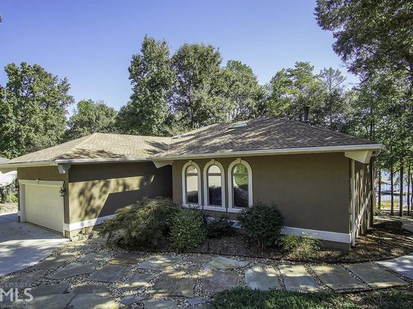 4 bed 3 bath Single Family at 417 Cleveland Ferry Rd Fair Play, SC, 29643 is for sale at 650k - 1 of 24