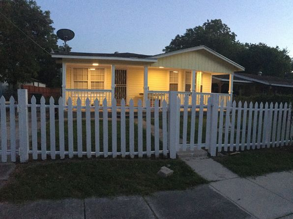 3 bed 2 bath Single Family at 118 Vickers Ave San Antonio, TX, 78211 is for sale at 115k - google static map