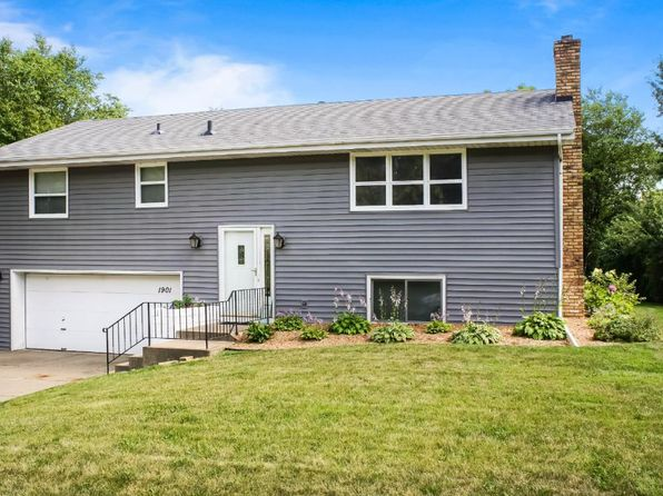3 bed 2 bath Single Family at 1901 14th St NW New Brighton, MN, 55112 is for sale at 240k - 1 of 19