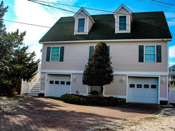 4 bed 3 bath Single Family at 144 Meadowview Ln Avalon, NJ, 08202 is for sale at 650k - 1 of 22