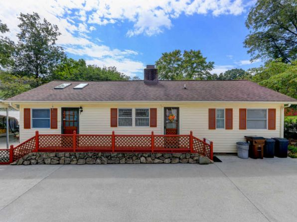 2 bed 2 bath Single Family at 103 Tomlinson Rd Oak Ridge, TN, 37830 is for sale at 130k - 1 of 17