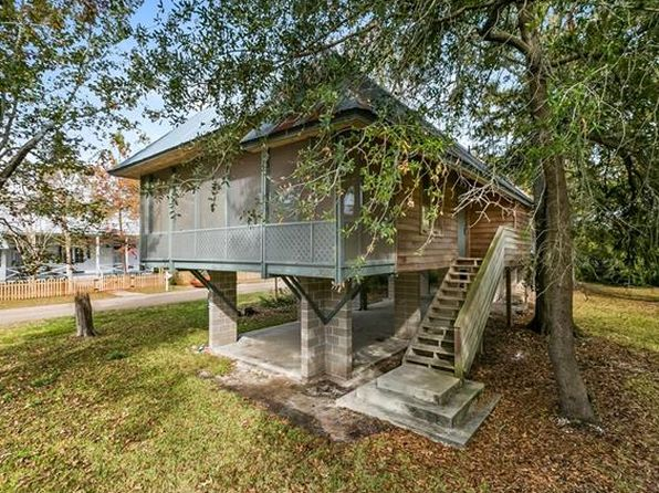3 bed 2 bath Single Family at 2535 Claiborne St Mandeville, LA, 70448 is for sale at 335k - 1 of 15