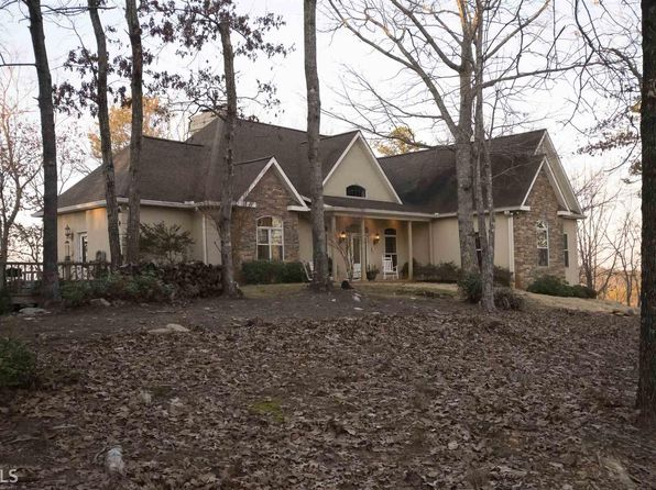 3 bed 4 bath Single Family at 1010 Crescent Dr Toccoa, GA, 30577 is for sale at 495k - 1 of 32