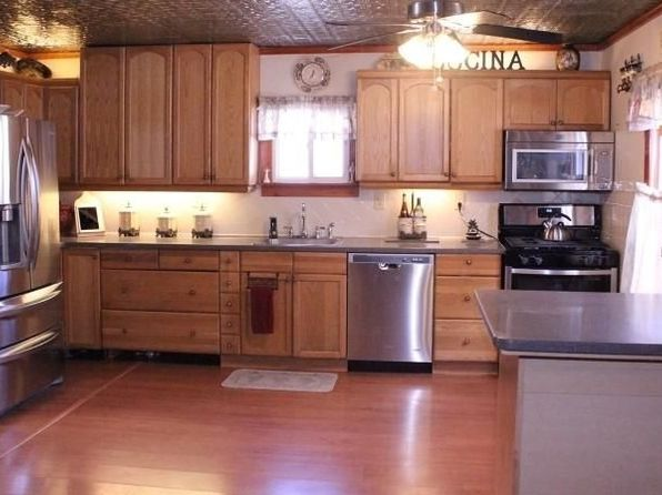 2 bed 2 bath Single Family at 108 Hamburg Tpke Bloomingdale, NJ, 07403 is for sale at 235k - 1 of 12