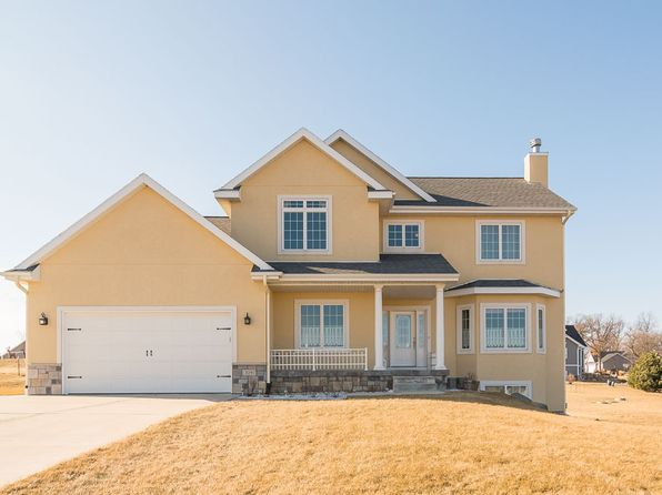 4 bed 4 bath Single Family at 3091 WYNDWOOD WAY SUN PRAIRIE, WI, 53590 is for sale at 450k - 1 of 37