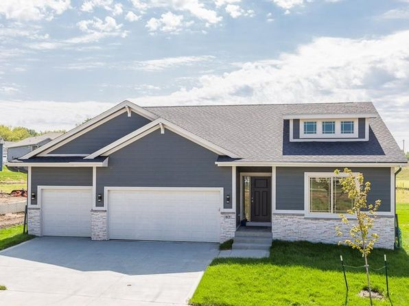4 bed 3 bath Single Family at 62 SE Pembrooke Ln Waukee, IA, 50263 is for sale at 370k - 1 of 24