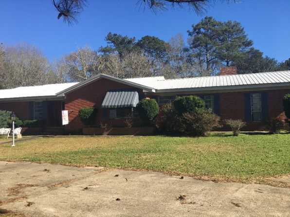4 bed 3 bath Single Family at 720 N Locust St McComb, MS, 39648 is for sale at 189k - 1 of 34