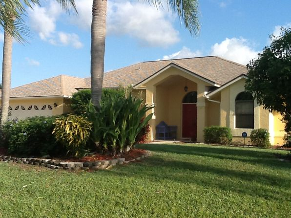 3 bed 2 bath Single Family at 1118 SE Mendoza Ave Port Saint Lucie, FL, 34952 is for sale at 266k - 1 of 25