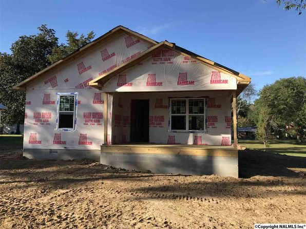 3 bed 2 bath Single Family at 1509 1st St SW Cullman, AL, 35055 is for sale at 145k - google static map